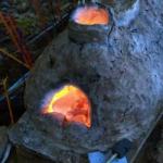 Кузнечный горн, покрытый слоем глины