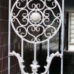 Современная ковка ворот из штампованных деталей