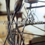 Фрагмент авторской люстры с кованой птицей
