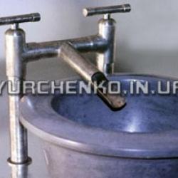 Стальные и железные элементы в ванной никогда не станут привлекательными для грибка