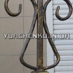 При изготовлении кованых изделий часто применяется техника патинирования